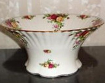 Old Country Rose Tall Serving Bowl