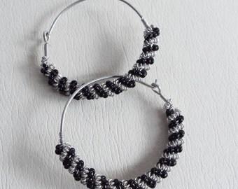 Vintage Silver Tone & Black Twisted Wire Wrapped Hoop Earrings