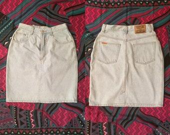 90s High Waisted Denim Skirt with Zipper and Pockets