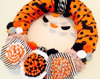 Modern Halloween Wreath, Halloween Yarn Wreath, Yarn Wreath, Fall Yarn Wreath, Orange and Black Wreath, Halloween Wreath