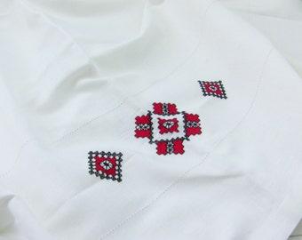 Ukrainian Embroidery Folk Linen Tablecloth and napkins