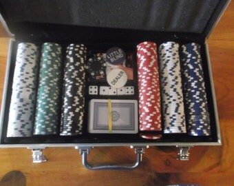 Poker Set in aluminum carrying case