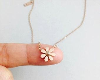 rose gold filled Daisy flower necklace simple delicate collarbone necklace,perfect gift for her,valentines gifts