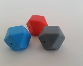 CLEARANCE Pearl silicone Hexagon 17 mm set of 10