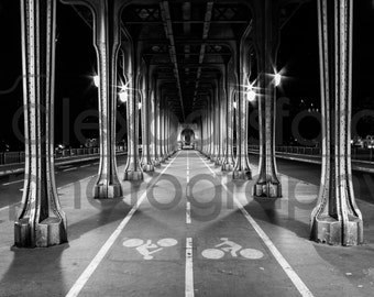 Pont de Bir-Hakeim Bridge, Paris - Digital Download