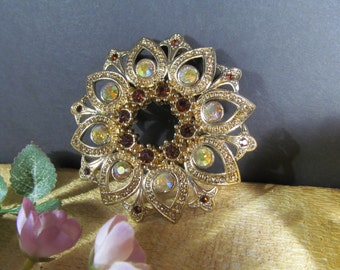 Large Ornate Brooch Vintage Collectibles Designer Jewelry