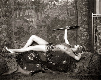 Alfred Cheney Johnston Photo, Zigfeld Girl Hazel Forbes, 1920-30s