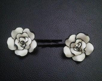 Black & white flower bobby pins-flower bobby pins-bobby pins