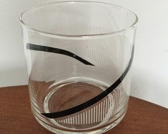 Mid Century Modern 6 pc Glass Set