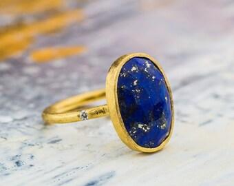 Beautiful Oval Shape 6CT Lapis Lazuli and Natural White Diamond Ring set in 18K Yellow Gold, 18K Yellow Gold Statement Ring, Zehava Jewelry