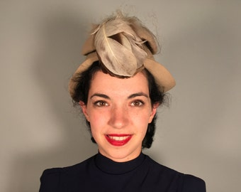 Vintage 1930s Hat | 30s 40s Taupe Grey Hat-on-a-Hat with Feather Trim!
