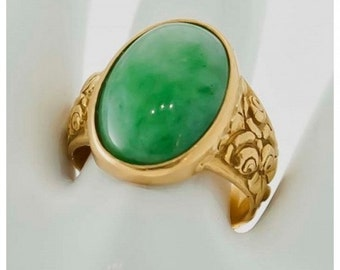 Yellow Gold with exceptional jade jadeite cabochon ring Mineralife