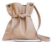 Leather bag in Women's Handbags. Shoulder and shoulder strap. The Italian quality in real leather handbags.