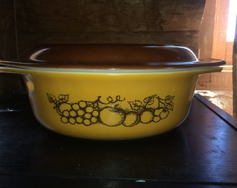 Pyrex Old Orchard 043 Casserole