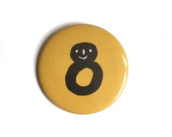 8 Badge