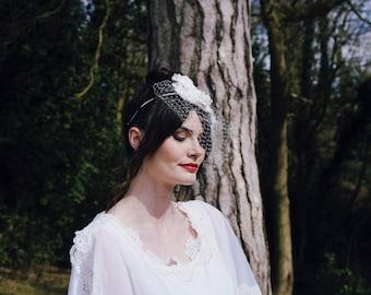 Pleated Hairband with Birdcage Veil