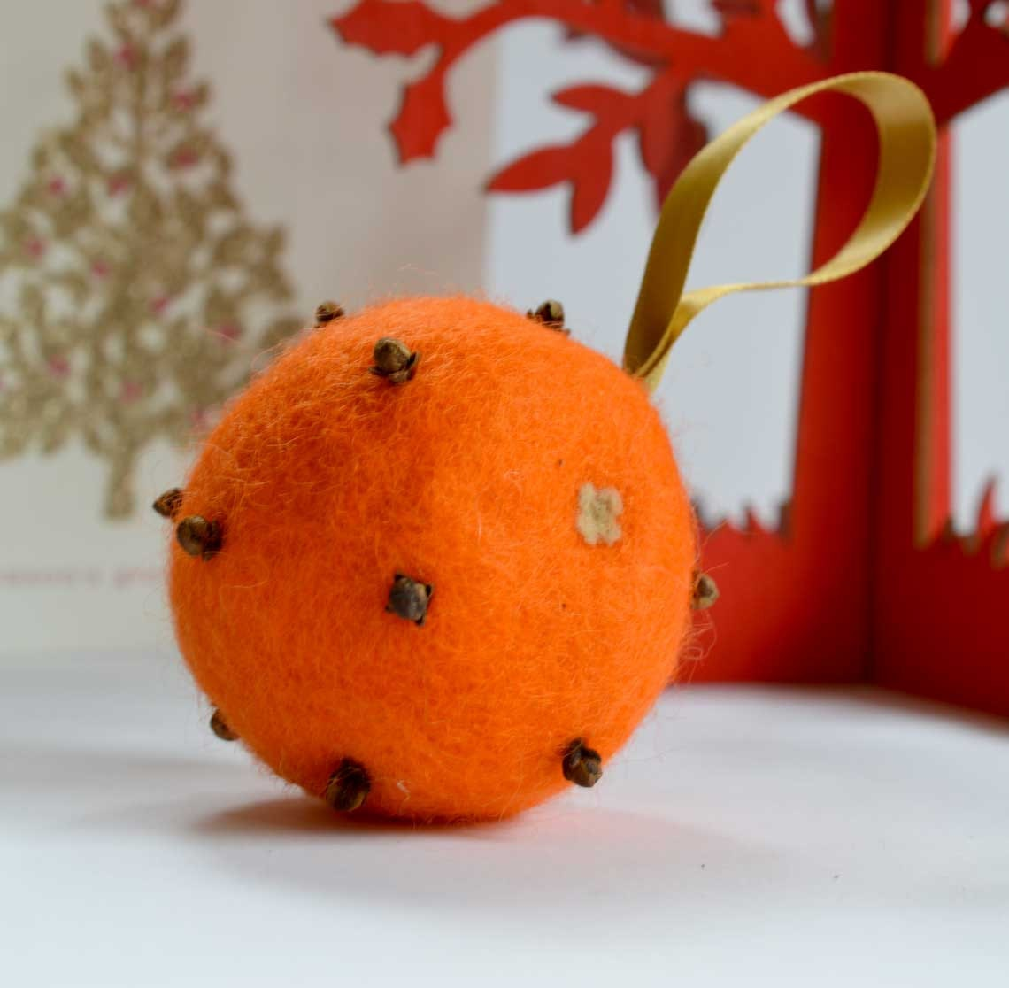 Wool felt ornaments - Felted Clove Studded Orange Pomander Christmas Ornament Christmas Tree Decoration Orange Scented Wool Felt Christmas