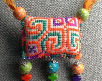 Necklace/pendant textile, Bohemian spirit.