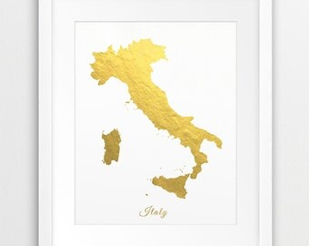 Gold map etsy italy map printable art italy gold foil texture italy map print italy map gumiabroncs Image collections