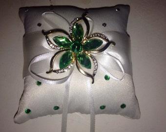 Emerald broached wedding pillow