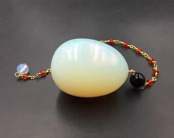 Opalite oeuf magique de cristal de Quartz opale oeuf avec chaîne de cristal à facettes polies Pierre Yoni oeuf par exemple