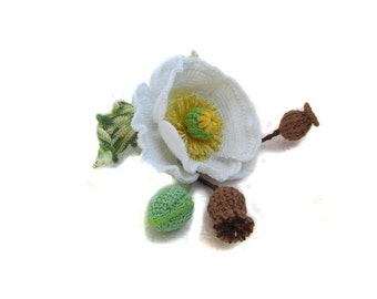 Brooch white poppy
