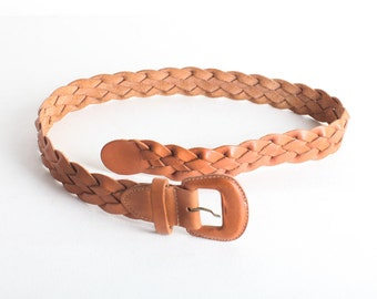 Vintage Women's Size Small/Medium Woven Leather Waist Belt