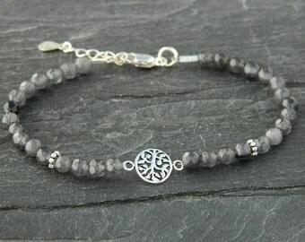 Grey agate bracelet.Tree of life bracelet. Gemstone bracelet.Sterling silver bracelet.Tiny silver bead bracelet.Friendship bracelet.GE040