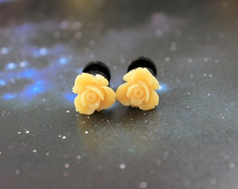 Pretty flowers plugs  gauges 4mm 6G stretched ears pastel yellow