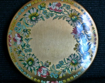 Vintage Kigu Flowers Powder Compact Gold Tone