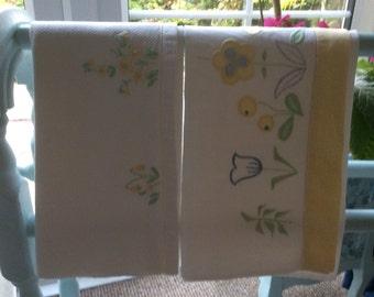 A pair of irish linen guest towels