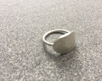Oval Plate Ring