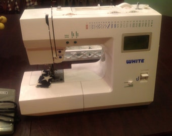 Computerized electronic WHITE free arm used sewing machine model 2999