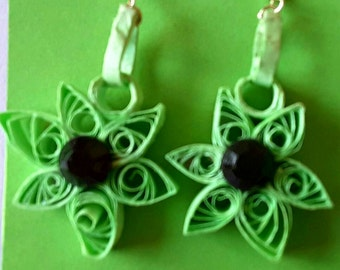 Handmade quilled earings