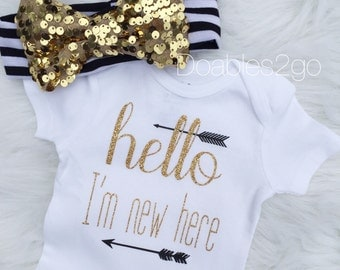 Arrival Onesie /Coming Home Outfit/ Hello I'm New Here/ Baby Onesie/ Infant Onesie/ Headband/ Glitter Gold/ Baby Girl