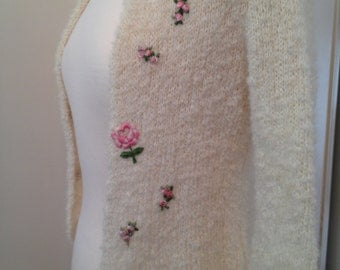 Vintage Cardigan *  Cream * Pink Flowers *  Extra Small  or  Girls Size 10