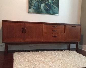 Mid Century Modern Dresser Credenza