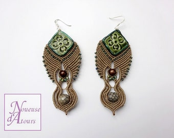Earrings large size in macrame color sand
