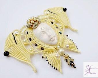 Decoration wall woman Butterfly micro-macrame new art