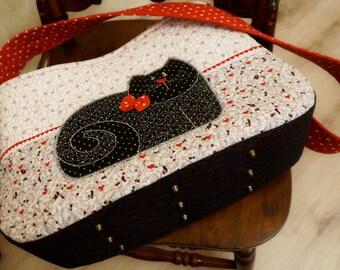 """A fun bag """"Sweet Kitten""""/Art quilt / Patchwork Handmade Bag"""
