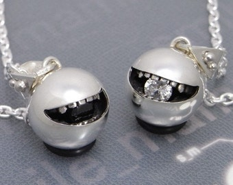 """smile jewelry necklace pendant sterling silver ball """" open smile L"""" s_m-P.36"""
