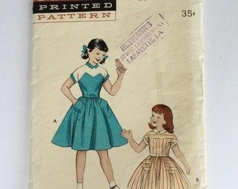Vintage 1950s little girls' dress pattern, Butterick 6898