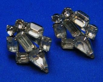 Vintage Classic Rhinestone Clip Earrings