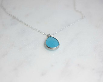 BLUE Gemstone necklace - Ocean blue gemstone necklace - Blue Glass Necklace - Layering Jewelry - Delicate necklace