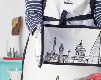 London Skyline Oven Glove