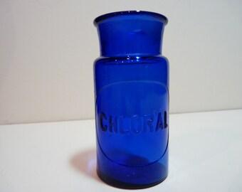 Chloral cobalt blue bottle with lid