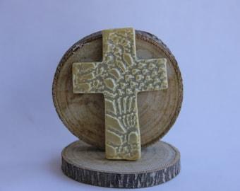 Small Cross Magnet