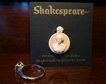 Shakespeare charm bead pendant