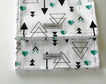 MADE TO ORDER - Burp Cloths (set of 2) - Mint Hearts & Arrows
