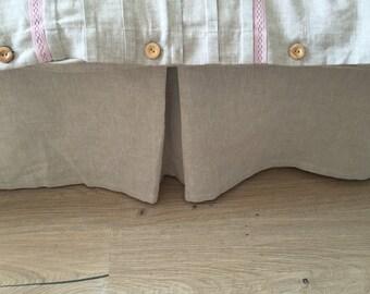Linen bed skirt, queen bedskirt, bed valance, king bed skirt, linen dust ruffle, ruffle bedding, ruffled bed, custom bedskirt